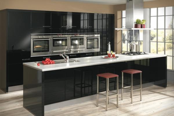 black-and-white-modern-kitchen-designF4BE361F-B8E9-4C1B-D854-9BE8501770CE.jpeg